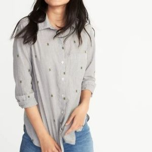 Old navy bee button down